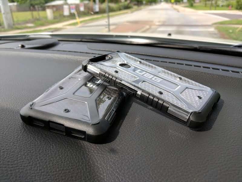 the best attitude 623c5 dd82d UAG - Pixel and Pixel XL Plasma Case Review - TechieIO.com
